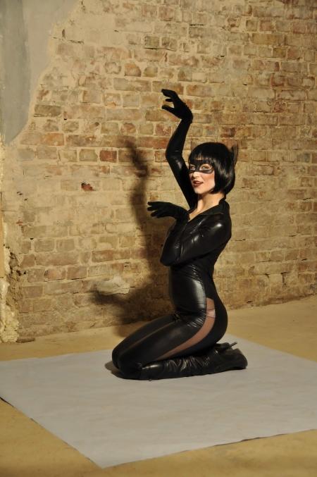 Женщина-кошка - прокат карнавальных костюмов в Киеве   SAL-rent