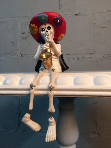Яркий скелетик