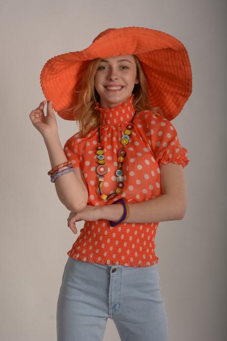 Шляпа-колесо оранжевая