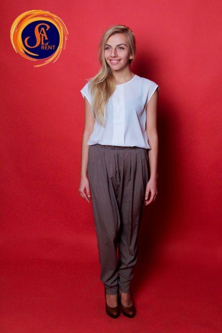 Хостес: блуза с коротким рукавом