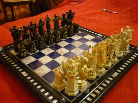 Шахматы Гарри Поттера (+ волшебные палочки)