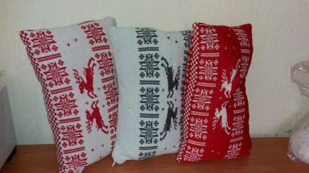 Плед и подушки с оленями