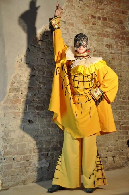 Веницианские карнавальные наряды на Хэллоуин прокат в Киеве | SAL-rent