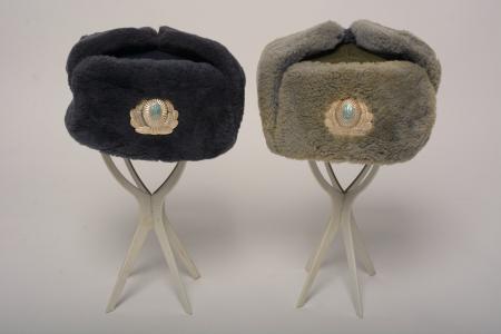 Милиционерские шапки-ушанки