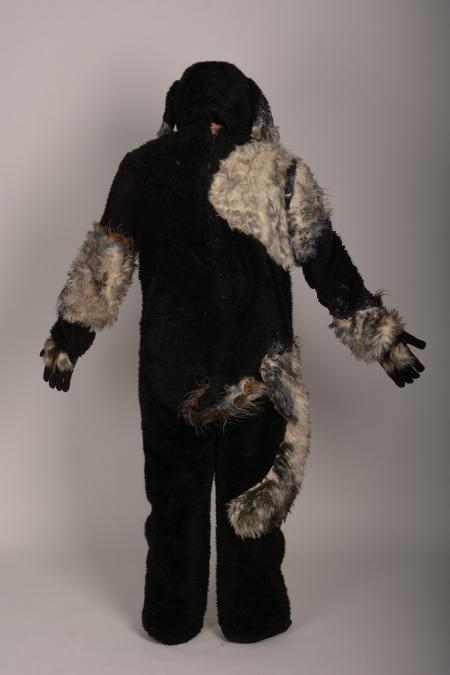 Собака черно-серая ростовая XL-XXL