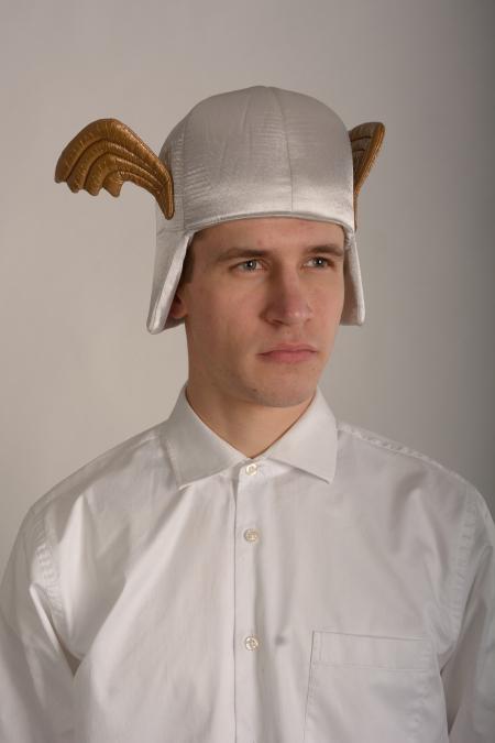 Крылатый шлем, Астерикс
