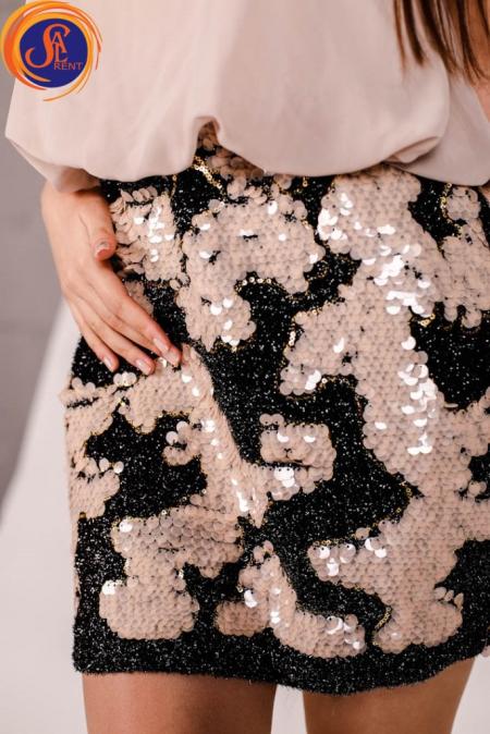 Платье коктейльное, бежевое с пайетками