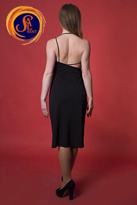 Платье с открытой спинкой