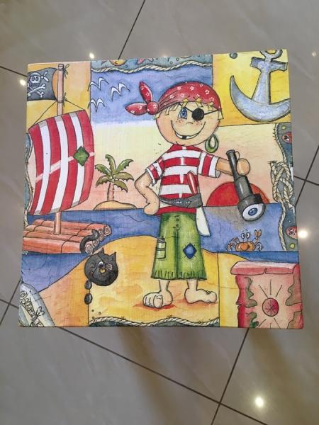 Табурет «Пираты»