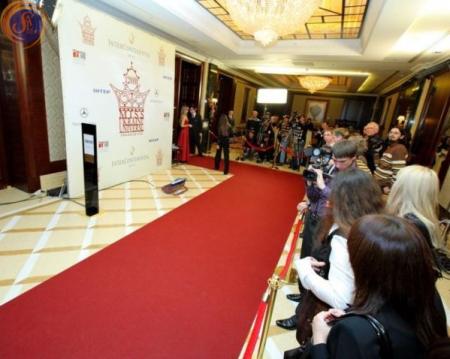 Аренда красной дорожки в Киеве | SAL-Rent, аренда напольных покрытий