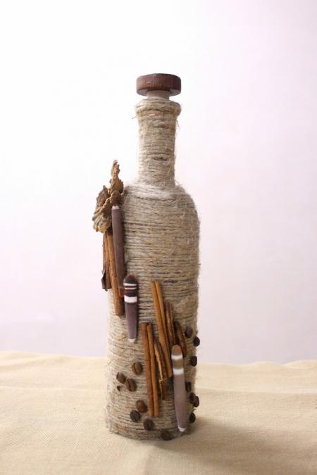 Бутылка с морским декором